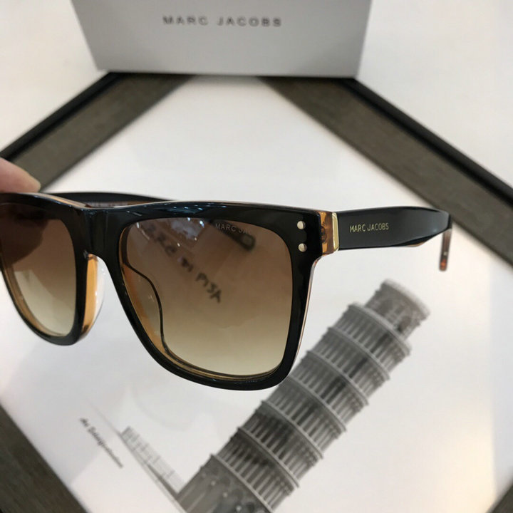 Marc Jacobs Sunglasses 85