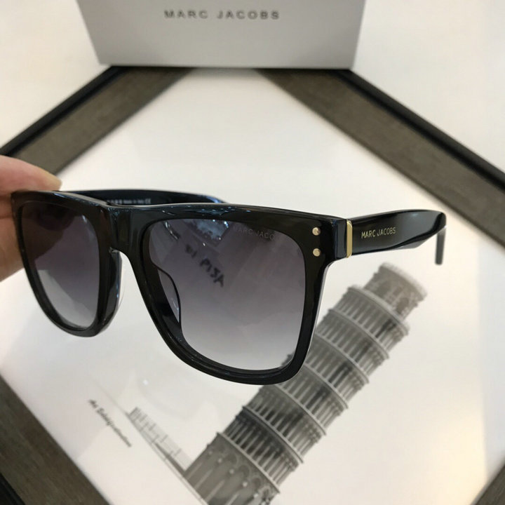 Marc Jacobs Sunglasses 86