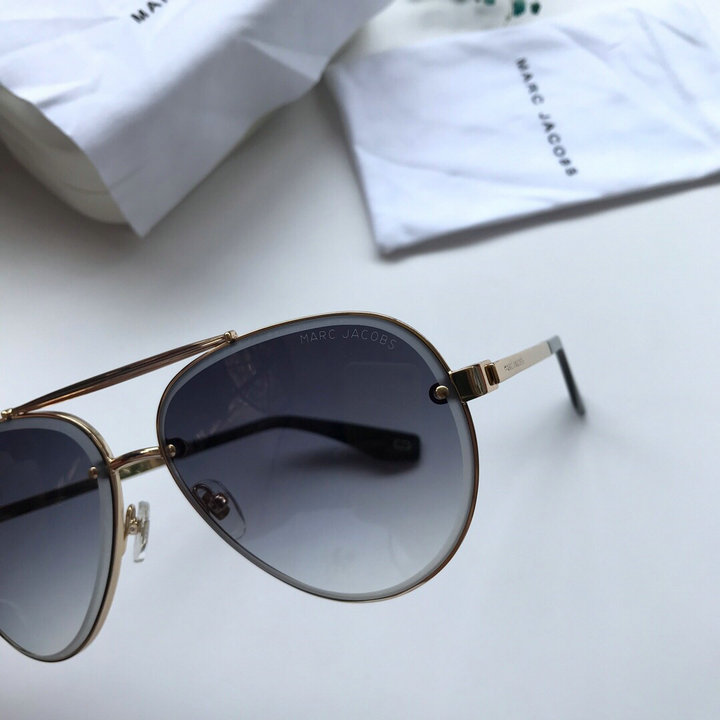 Marc Jacobs Sunglasses 95