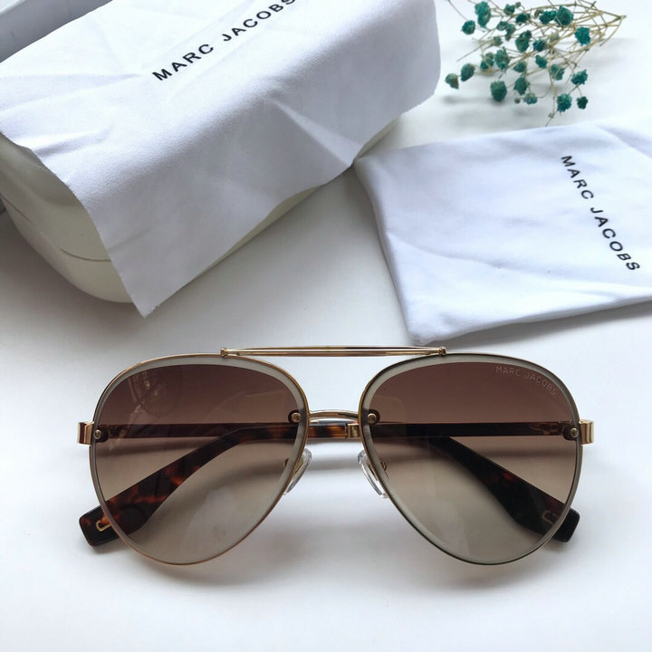Marc Jacobs Sunglasses 98