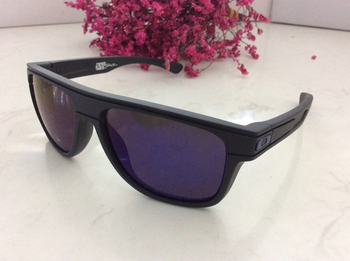 Oakley Sunglasses 105