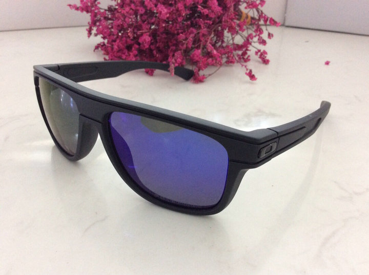 Oakley Sunglasses 106