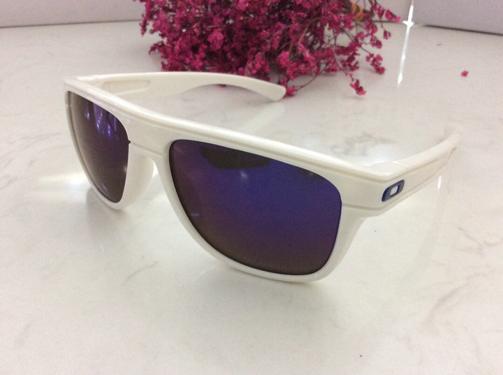 Oakley Sunglasses 107