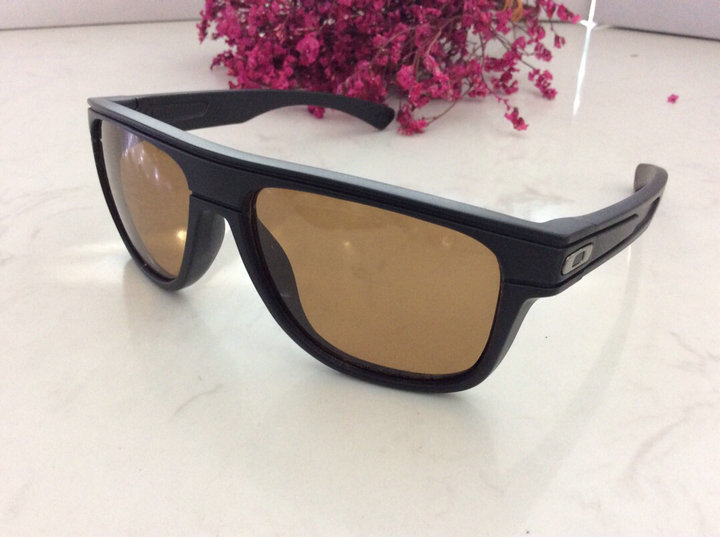 Oakley Sunglasses 110
