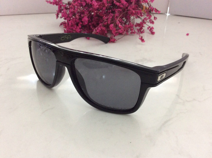 Oakley Sunglasses 113