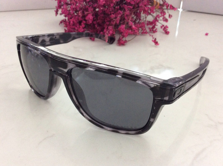 Oakley Sunglasses 115