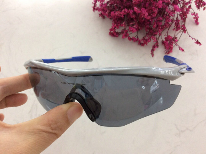 Oakley Sunglasses 117