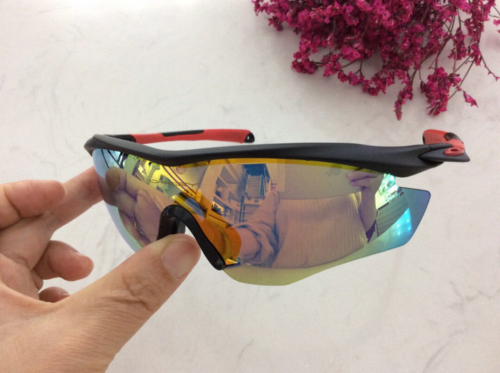 Oakley Sunglasses 121