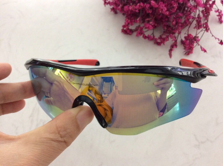 Oakley Sunglasses 124