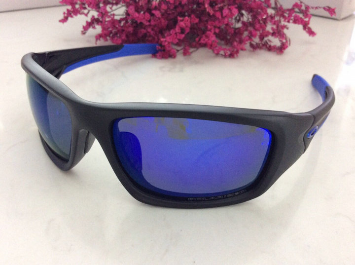 Oakley Sunglasses 132