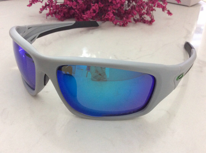 Oakley Sunglasses 135