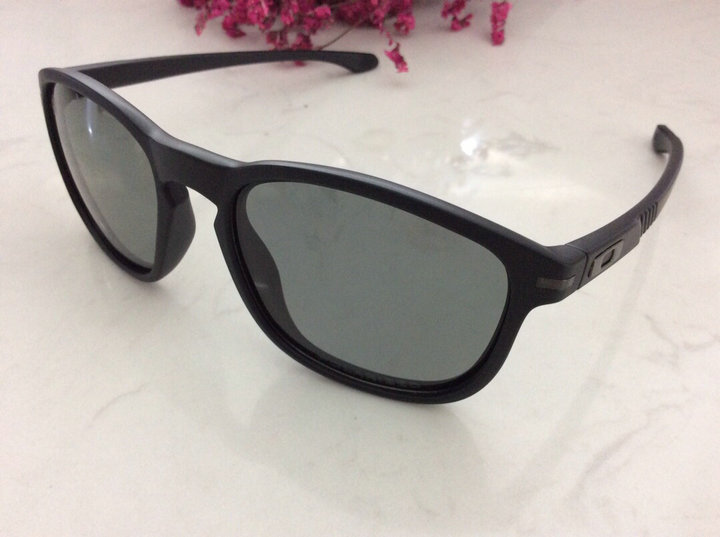 Oakley Sunglasses 154