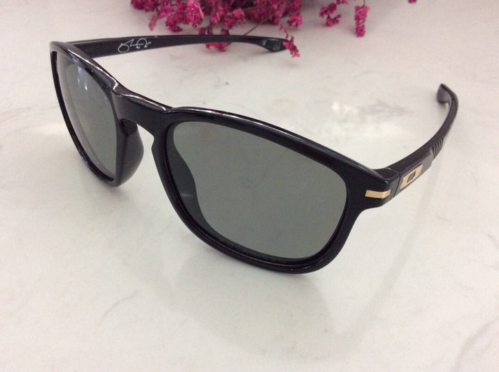 Oakley Sunglasses 160
