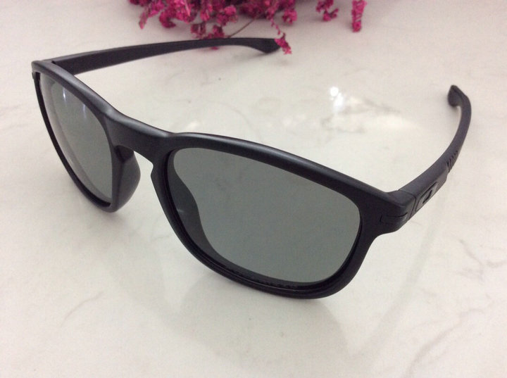 Oakley Sunglasses 164