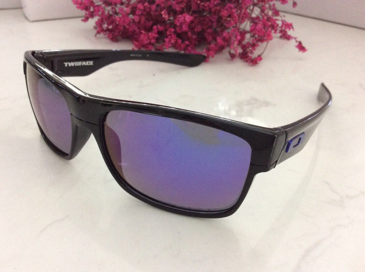 Oakley Sunglasses 172