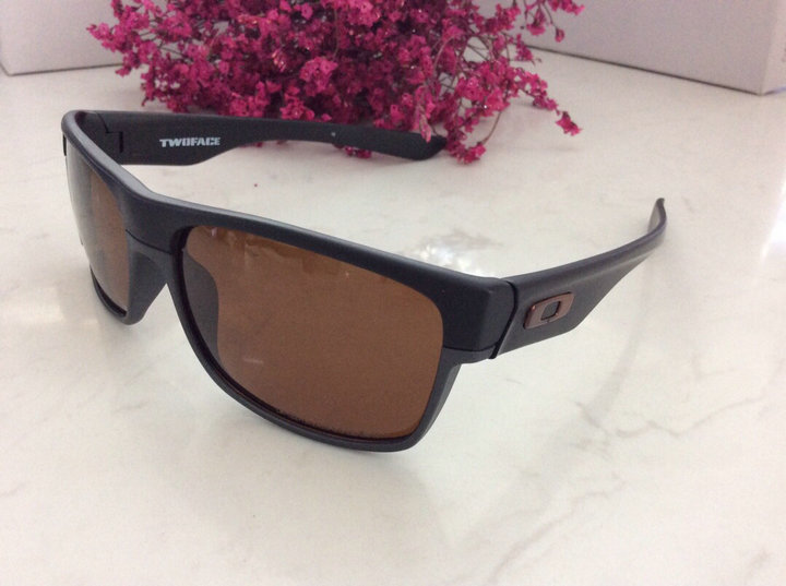 Oakley Sunglasses 173