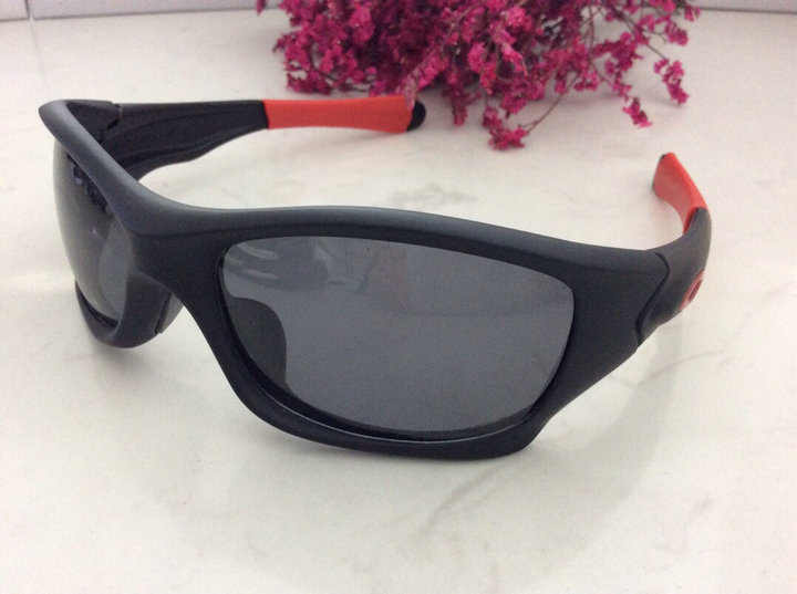 Oakley Sunglasses 182