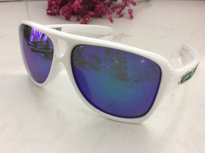 Oakley Sunglasses 222