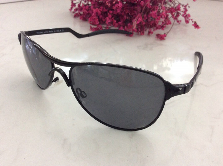 Oakley Sunglasses 44