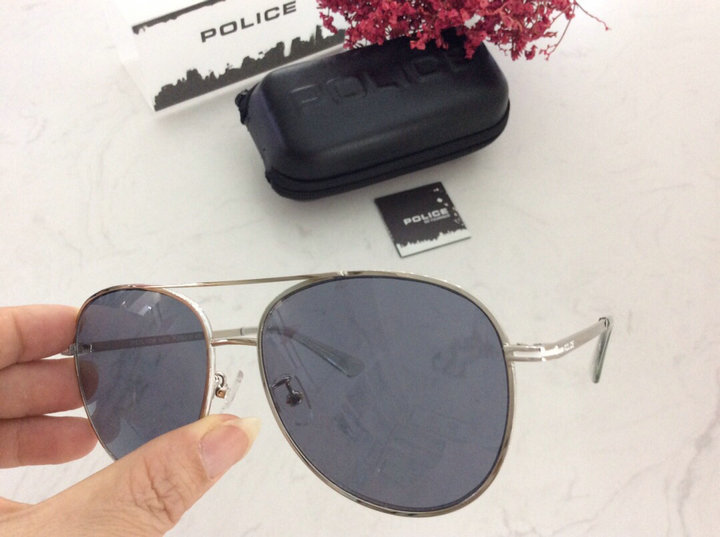 POLICE Sunglasses 109
