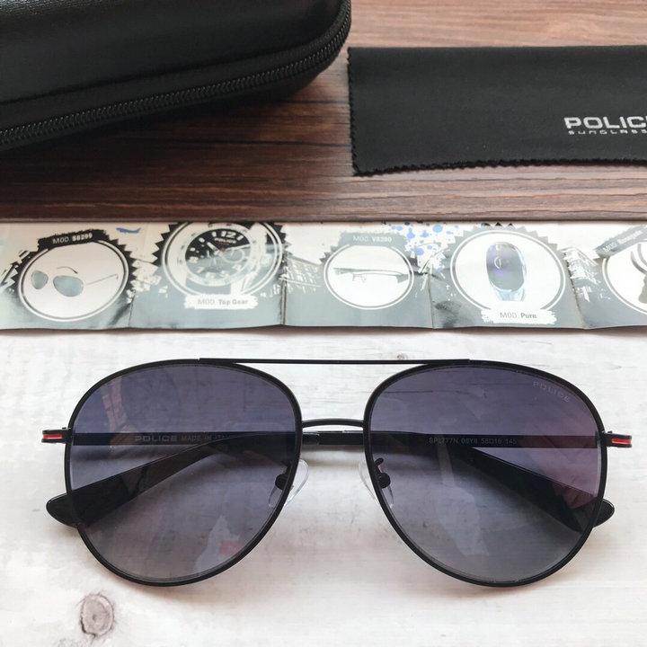 POLICE Sunglasses 134