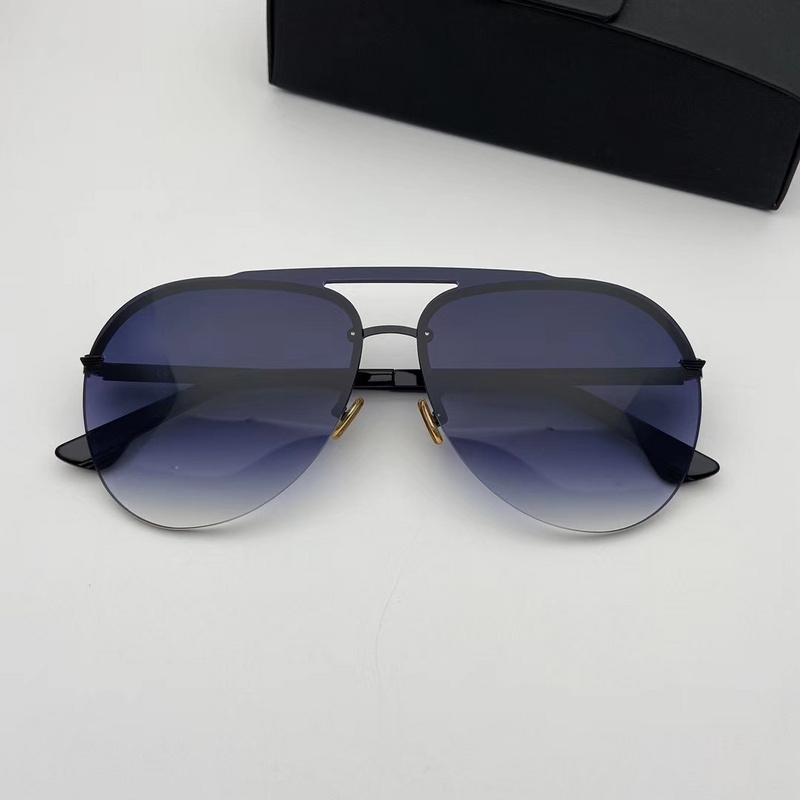 POLICE Sunglasses 44
