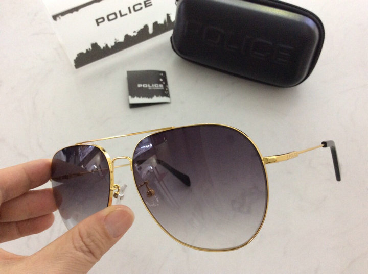 POLICE Sunglasses 62